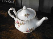 Buy Gorgeous Vintage c. 1956 Royal Albert 'Moss Rose' Tea Pot (England)