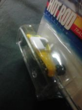 Buy Hot Wheels, HOT ROD Magazine. #2/4 cars,Track T