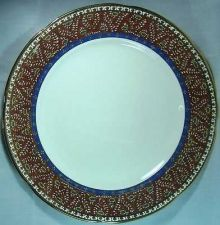 Buy Thai Benjarong A large dish Pottery Porcelain Handmade every step.