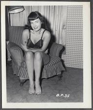 Buy BETTY PAGE BARE FEET POSE VINTAGE IRVING KLAW PHOTO 4X5 BP-35