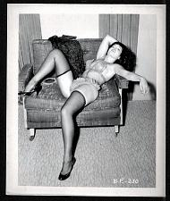 Buy BETTY PAGE GORGEOUS BABE IN LACE VINTAGE. IRVING KLAW PHOTO 4X5 BP-230