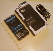 Buy Near Mint 32gb Unlocked Blackberry KeyOne Bundle!