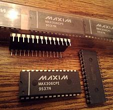 Buy Lot of 14: Maxim MAX306CPI
