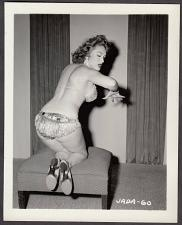 Buy INFAMOUS STRIPPER JADA CONFORTO IRVING KLAW VINTAGE ORIGINAL PHOTO 4X5 1950'S #60