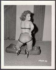 Buy INFAMOUS STRIPPER JADA CONFORTO IRVING KLAW VINTAGE ORIGINAL PHOTO 4X5 1950'S #31