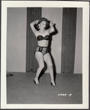 Buy INFAMOUS STRIPPER JADA CONFORTO IRVING KLAW VINTAGE ORIGINAL PHOTO 4X5 1950'S #9