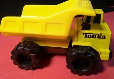 Buy DUMP TRUCK 1992 @ Tonka Corp Inc - Tonka Hasbro - Earth Mover