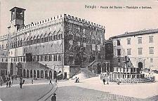 Buy Perugia Plazza del Duomo Municipia e Fontana Italy Unused Vintage Postcard