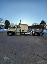 Buy 2017 Peterbilt 389 Semi Tractor