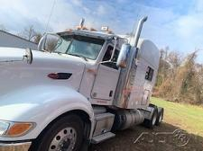 Buy 2013 Peterbilt 386 Semi Tractor