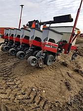 Buy 2007 Case IH 1200 Planter For Sale in River Falls, Wisconsin 54022