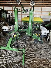 Buy 2012 John Deere 1770 CCS ExactEmerge Planter For Sale in Decorah, Iowa 52101