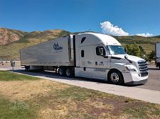Buy 2019 Freightliner Cascadia 126 Semi Tractor For Sale in Catasauqua, PA 18032