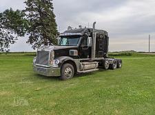 Buy 2008 Freightliner Coronado 122 Semi Tractor