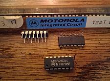 Buy Lot of 18: Motorola MC74HC04N
