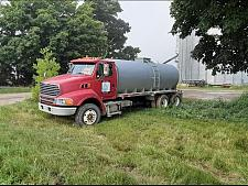 Buy 2006 Sterling L8500 For Sale in London, Ontario Canada N6E3M9