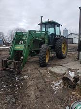 Buy 1985 John Deere 2950 Tractor