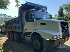 Buy 2002 VOLVO VHD64B200 Tri-Axle Dump Truck