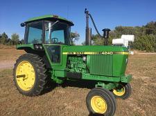 Buy 1996 John Deere 8200 Tractor