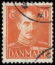 Buy Denmark #284 King Christian X; Used (3Stars) |DEN0284-04XRS
