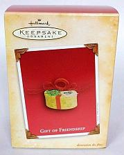 Buy Hallmark Keepsake Christmas Ornament Gift Of Friendship Box With Bow 2004
