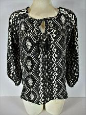 Buy AMERICAN EAGLE OUTFITTERS womens Small 3/4 sleeve black white KEYHOLE top E)