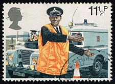 Buy Great Britain #876 Constable Directing Traffic; Used (0.25) (4Stars) |GBR0876-02XVA