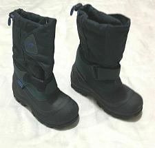 Buy tundra kids size 13 snow boots worn once