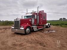 Buy 2001 Kenworth W900L Semi Tractor