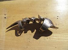 Buy Finger Claw silver plate.