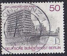 Buy GERMANY BERLIN [1978] MiNr 0579 ( O/used ) Bauwerke