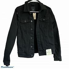 Buy River Island muscle fit denim jacket in black
