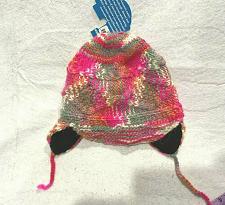 Buy Artesania Women's Hat wool / alpaca blend Knit cable Handicraft one size