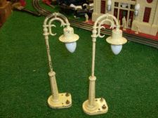 Buy LIONEL TRAINS POSTWAR A PAIR OF #58 LAMP POSTS ALL ORIGINAL VERY NICE