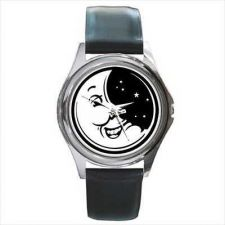 Buy Crescent Moon Face Retro Style Round Wrist Watch