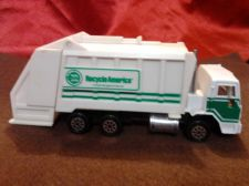 Buy Road Champs 1992 Deluxe Series Peterbilt Recycle America Truck - Great find!