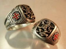 Buy Heraldic Lion Knights Templar Cross ring sterling silver Lge.