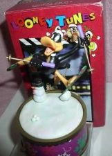 Buy Warner Brothers Loony Tunes Daffy Duck Holiday on Ice Mini Action Musical