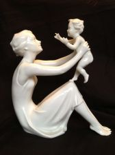 Buy porcelain figurine :Kaiser G.Bochmann Mother and Child