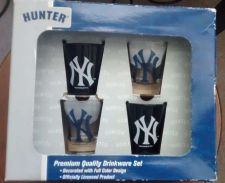 Buy OFFICIAL LICENSED MLB *NEW YORK YANKEES* 4 Piece Collector's Shot Glasses Set