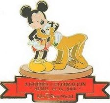 Buy Disney Mickey Mouse and Pluto Convention Limited Edtion pin/pins