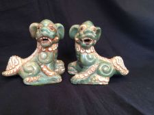 Buy antique porcelain : pair of Foo Dogs