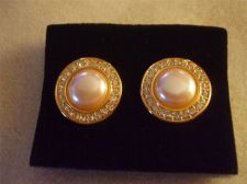 Buy Sarah Coventry Jewelry..Pearl Mabe w/ stone Clip on Earrings (Moments) #1077