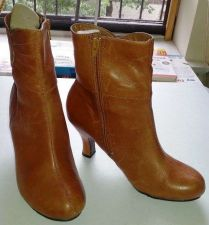 """Buy ANKLE BOOTS-Hush Puppies-Leather-Casual, Med High Heel 2.5""""-Women's 7.5 M"""