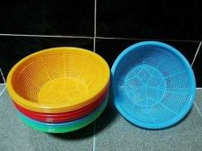 Buy Lots 12 Round Sieve Plastic Baskets Food Grade Container Multi-Purpose Storage