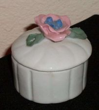 Buy ceramic bisque dish with Pink rose on Lid