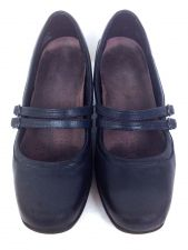 Buy Clarks Shoes 8 Womens Blue Leather Heels