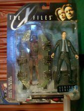Buy Agent Fox Mulder (suit & cryopod)