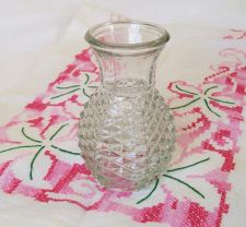 Buy VINTAGE DECORATIVE 6'' CLEAR PINEAPPLE VASE