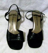 Buy EUC Women's Hillard & Hanson mules, black, size 7 1/2 M, 2 inch heel with strap